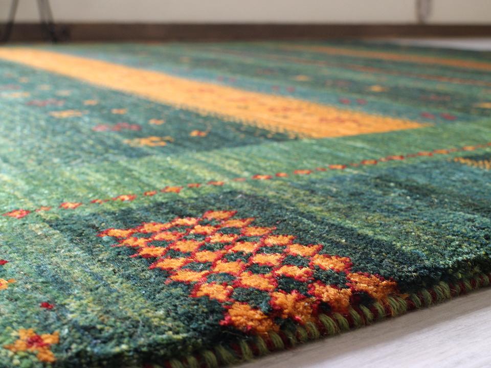 これもペルシャ絨毯?GABBEHの魅力に迫る