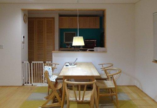after テーブル面がしっかりと明るく、ほっこりする空間に